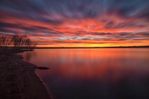 landscape lake water reflections trees silhouettes clouds sky longexposure le lakechatfield chatfieldstatepark colorado