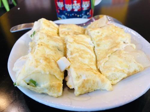 晨食貝可的薯泥蛋餅,餡料也是每天現做,俗擱大碗