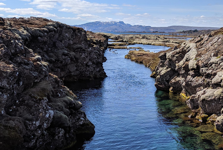 12iceland-silfra-snorkeling-arcticadventures-travel