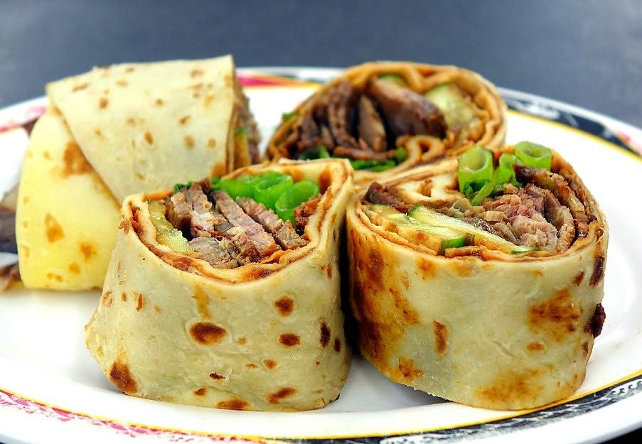 Taiwan Beef Scallion Rolls