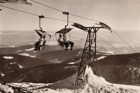 Sedmdesát let lanovkou na Sněžku (1. díl)