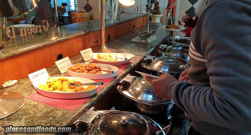 takayama lunch buffet