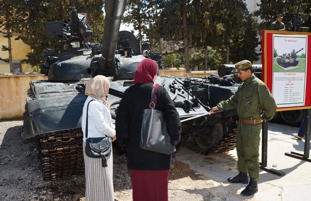 صور دبابات قتال رئيسية الجزائرية T-72M/M1/B/BK/AG/S ] Main Battle Tank Algerian ]   - صفحة 5 32925481547_c3f8388830_b