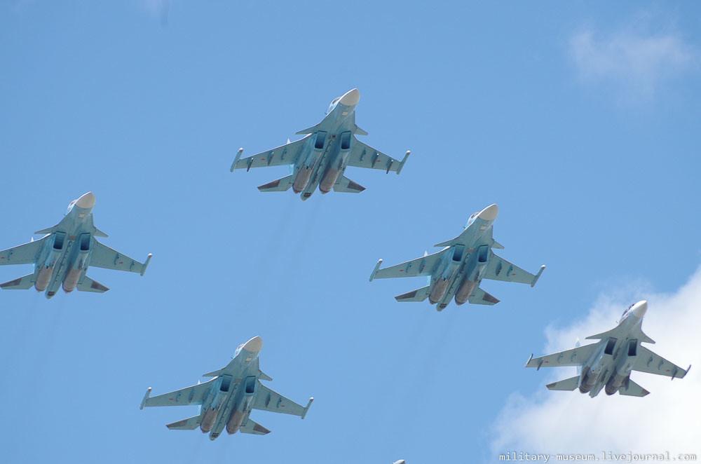 Подготовка к авиапараду 9 мая в Москве-57