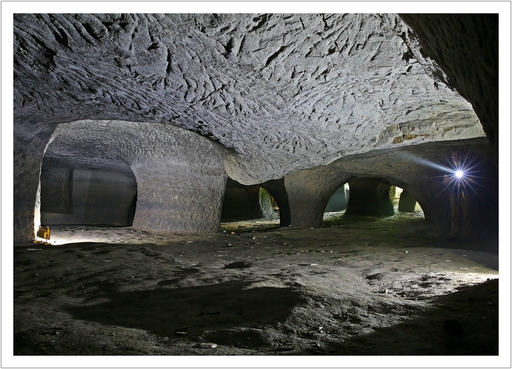 in der Sandhöhle