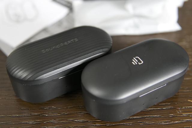 2019進化版 Bluetooth 5 0 Dudios Zeus Ace イヤホンbluetooth ワイヤレス 完全 ワイヤレス イヤホン 4時間音楽再生 Hi Fi 高音質 マイク内蔵 左右分離型自動ペアリング 充電式収納ケース付き iPhone Android適用  進化版