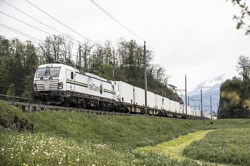 CH RailCare 476 451 Steinen 29-04-2019