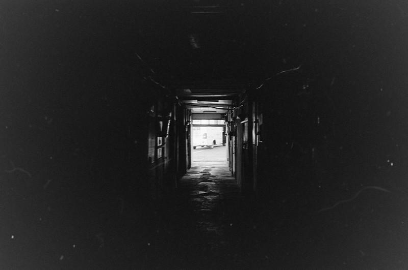 121LeicaM2 Summaron 35mm f35 Kodak 400TX上池袋一丁目