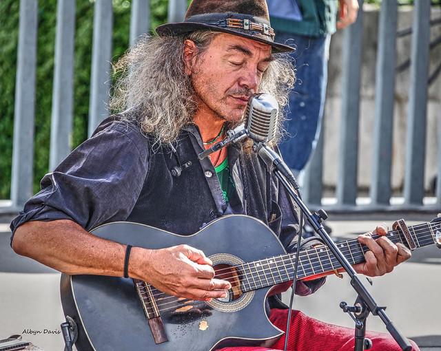 street musician-2