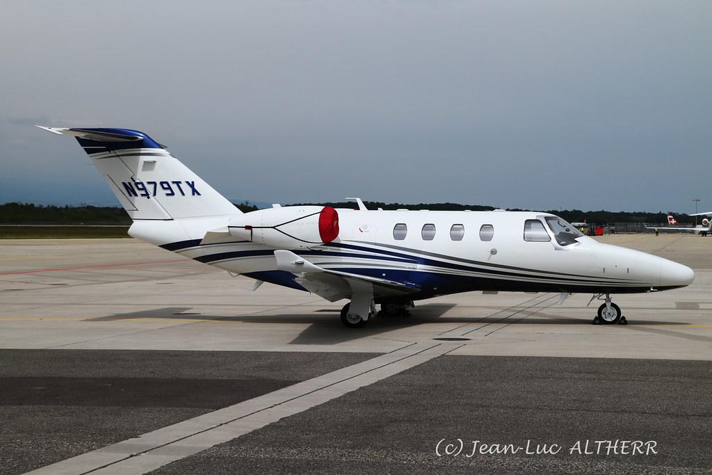 Textron Cessna 525 Citation M2 Textron Aviation N979TX  GV…   Flickr