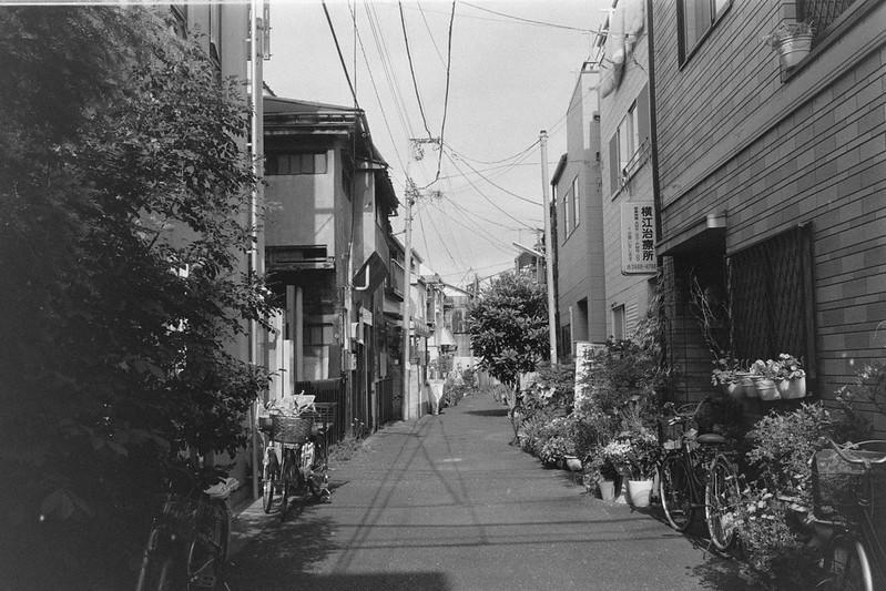 250LeicaM2 Summaron 35mm f35 Kodak 400TX 池袋本町