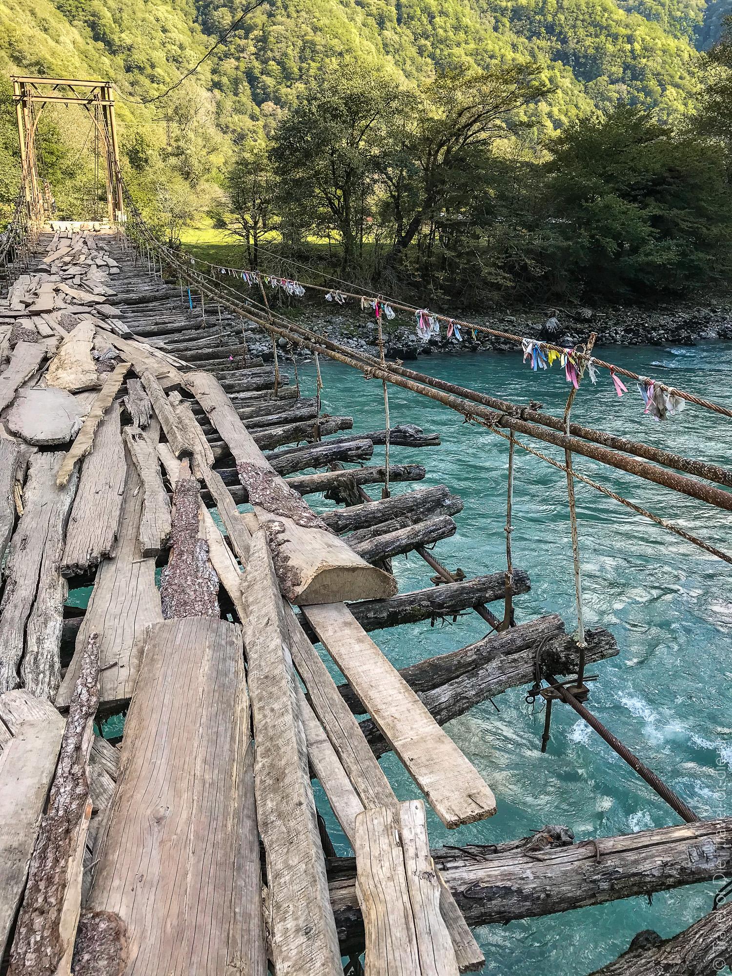 Lake-Ritsa-Abkhazia-Озеро-Рица-Абхазия-7567