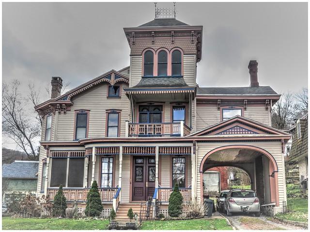 Victorian Home @ Franklin, PA