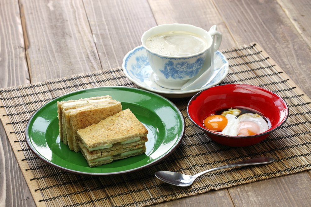 Eating in Singapore: Kaya Toast and Soft Boiled Eggs
