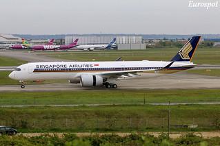 F-WZNR Airbus A350 Singapore | by @Eurospot