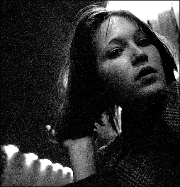 Eileen in the tube station - 1973 07  001a