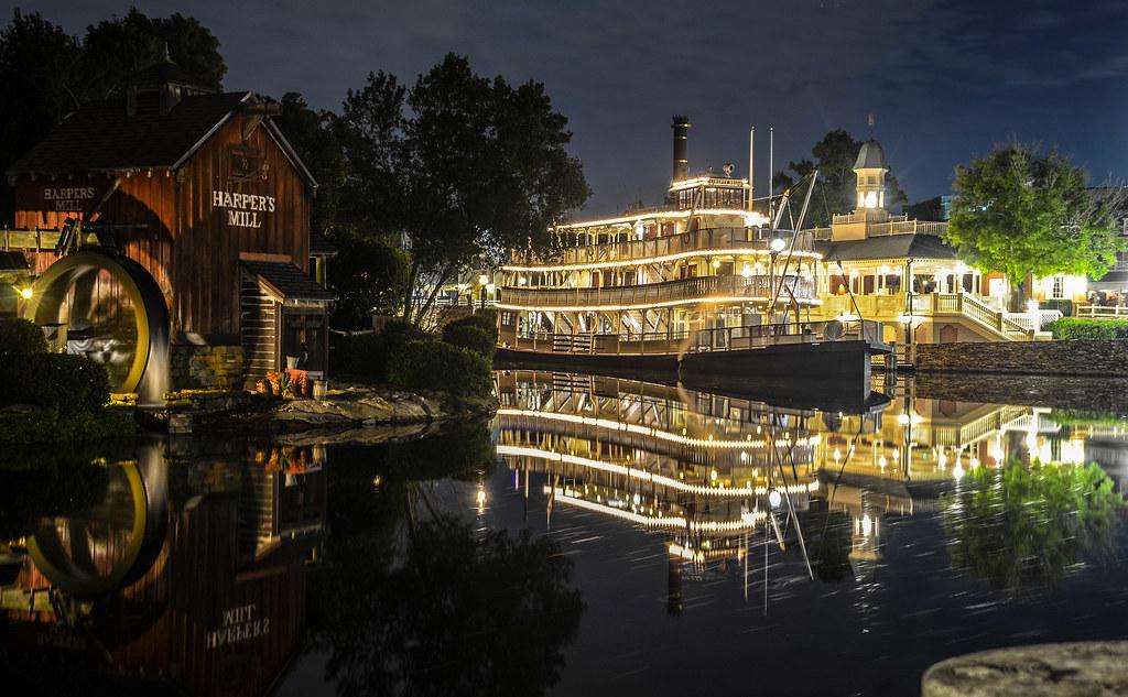River boat night MK