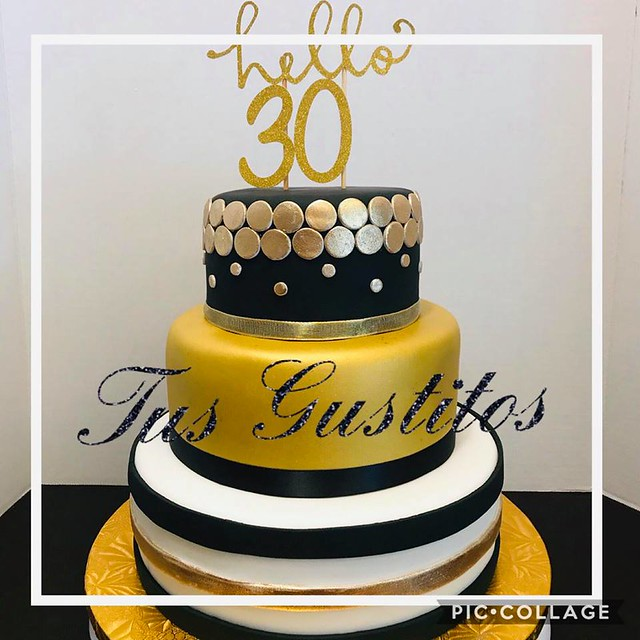 Cake by Tus Gustitos