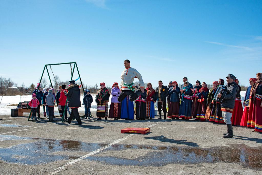 Выступление фольклорного коллектива музея-заповедника «Тарханы»