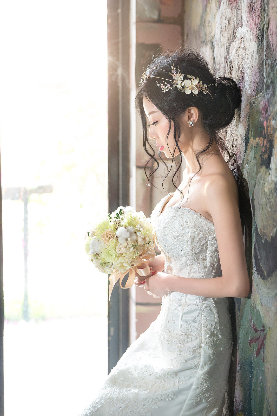 181024-0025-婚紗攝影-閨蜜婚紗-格林奇幻森林-攝影基地-白紗-韓風-油畫-花牆