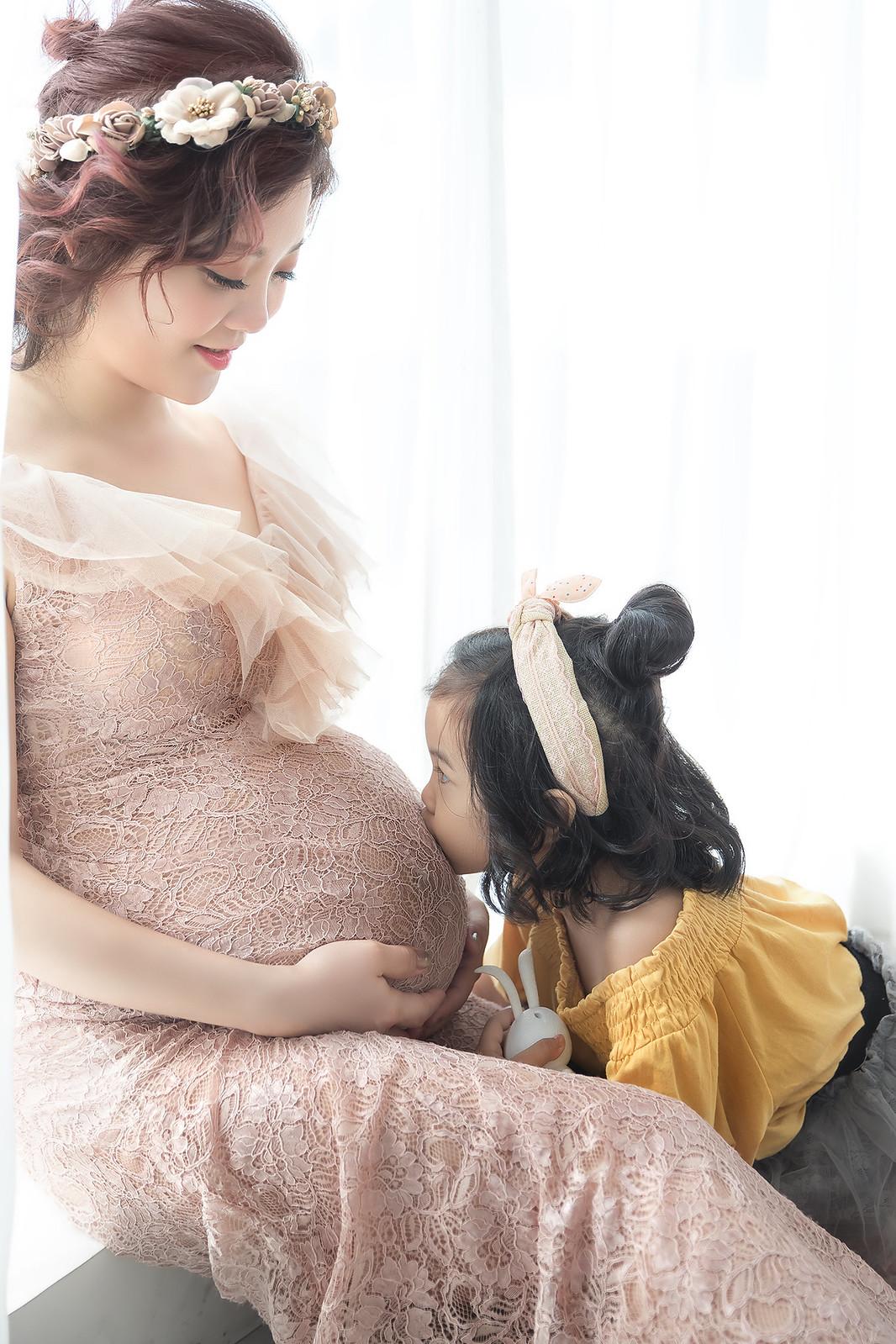 181106-0064-孕婦寫真-藕色禮服-好拍市集-逆光-窗光