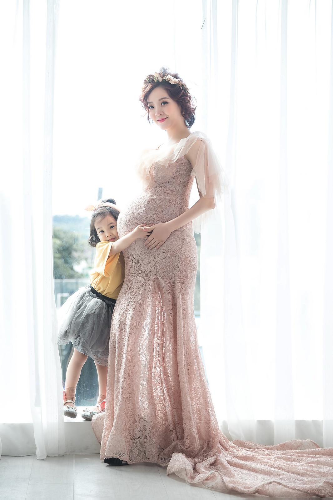181106-0041-孕婦寫真-藕色禮服-好拍市集-逆光-窗光