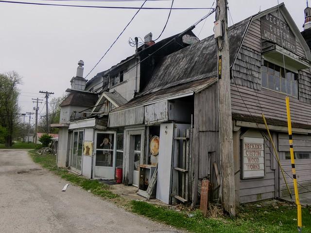 Decker's Custom Wood Works, Salem, IL
