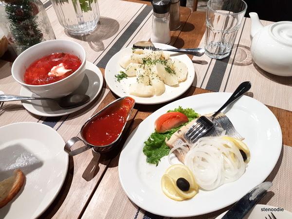 Stroganoff Restaurant food