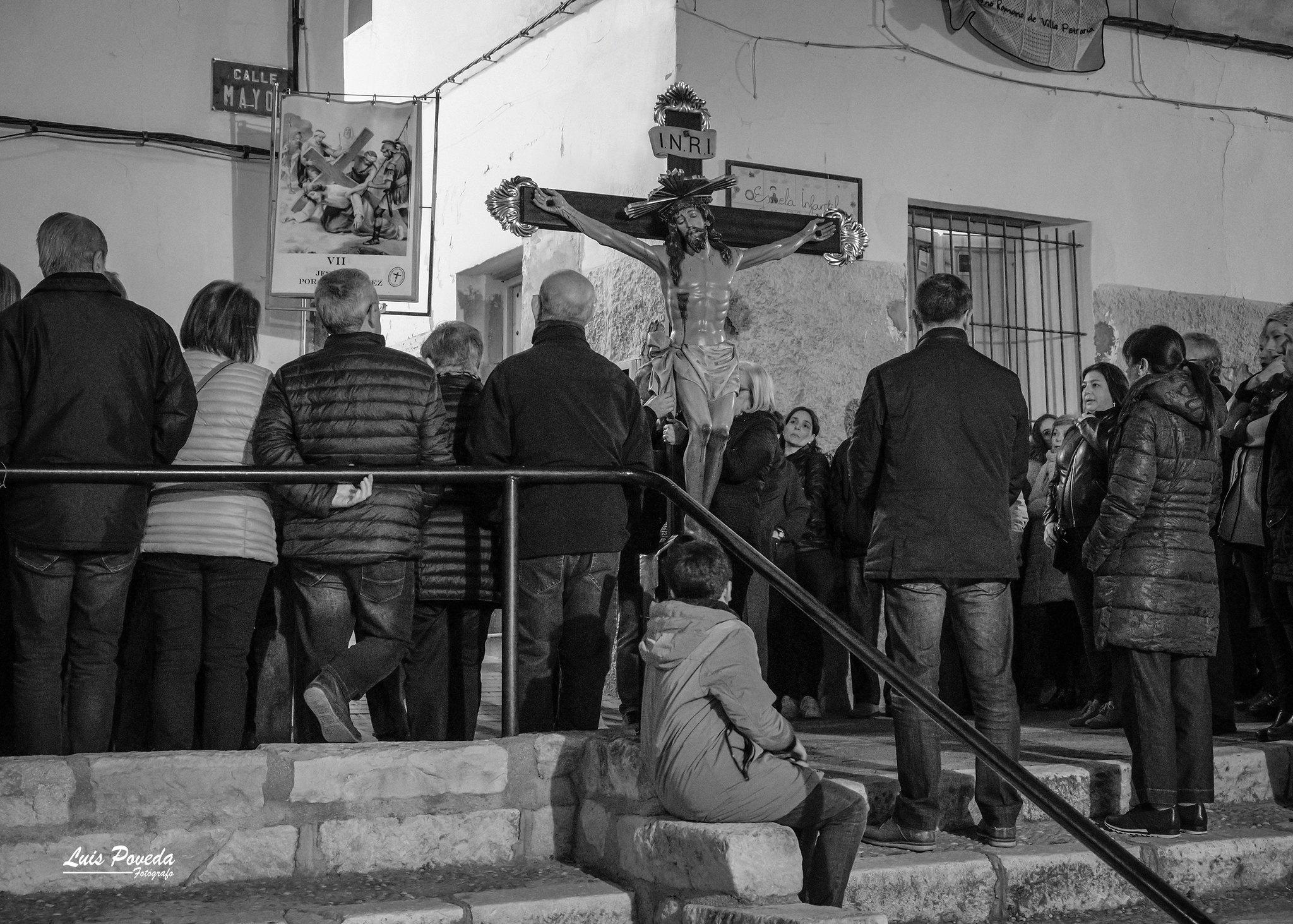 (2019-04-12) - X Vía Crucis nocturno - Luis Poveda Galiano (12)