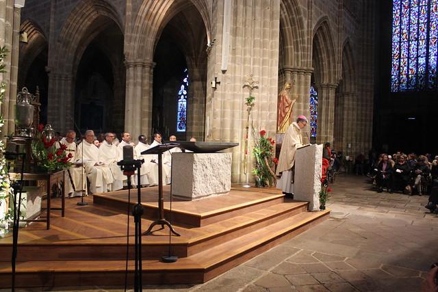 2019 04 le 16 Messe chrismale à Tréguier et consécration du nouvel autel