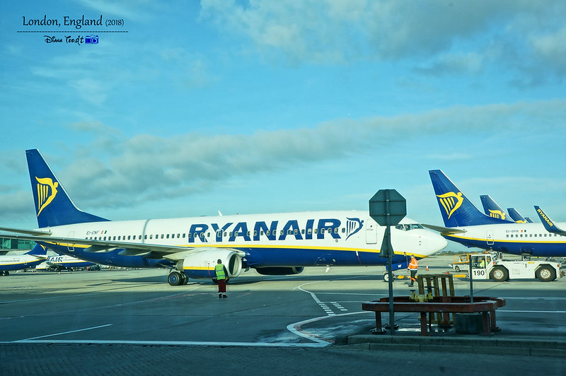 RyanAir London to Porto
