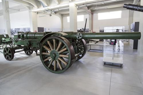 15 cm Autokanone M 15/16 gun