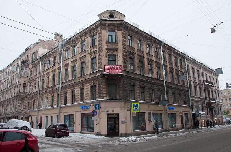 Дом, в котором жил В.Каверин в Ленинграде