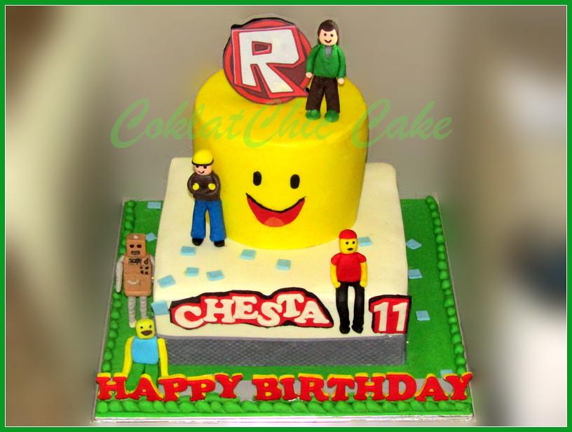 Cake Roblox CHESTA 24 / 18 cm