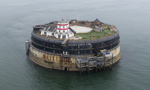 nomans fort solent portsmouth hampshire above aerial dji drone uav cameradrone mavic mavicpro hires highresolution hirez highdefinition hidef britainfromtheair britainfromabove skyview aerialimage aerialphotography aerialimagesuk aerialview viewfromdrone aerialengland britain johnfieldingaerialimages johnfieldingaerialimage johnfielding fromtheair fromthesky flyingover napoleonic palmerston follies 1859royalcommission aerialimages viewfromplane birdseyeview cidessus antenne hauterésolution hautedéfinition vueaérienne imageaérienne photographieaérienne vuedavion delair british english image images pic pics view views