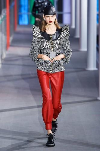 Louis Vuitton Womenswear Fall/Winter 2019/2020 03