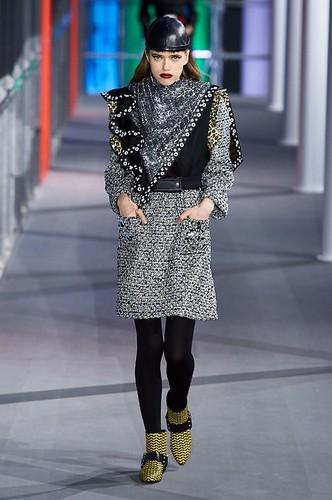 Louis Vuitton Womenswear Fall/Winter 2019/2020 01