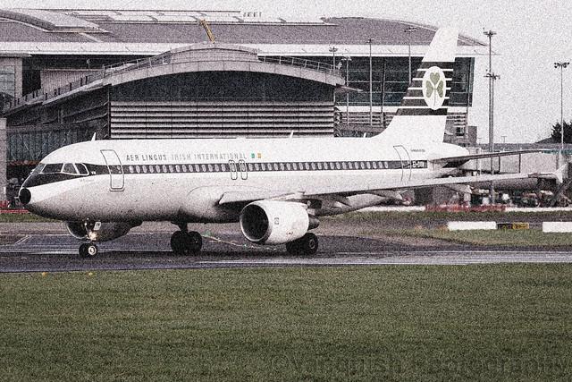 EI-DVM Aer Lingus Retro Scheme Airbus A320-200 Dublin Airport