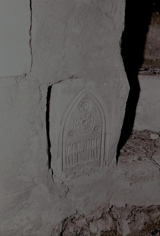 Curiosa decoración. Vista tomada desde las zonas superiores de la catedral en los años 60. Fotografía de Victoriano de Tena Sardón