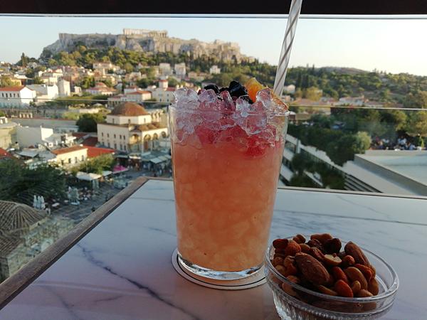 cocktail au coucher du soleil