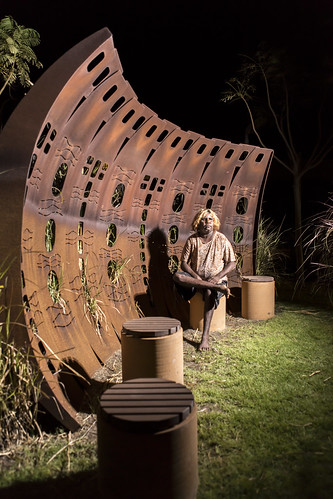 Featured Artist Doreen Chapman of Spinifex Hill Artists. Photograph courtesy of Spinifex Hill Artists.