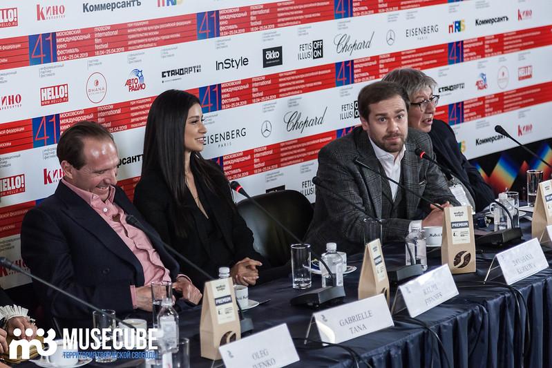 mmkf41_press_konferentsya_filma_nuriev_beliy_voron-18