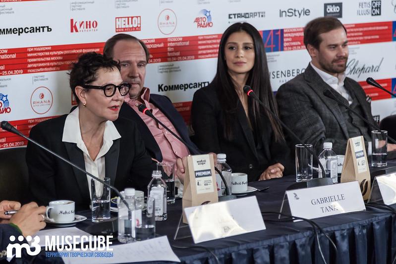 mmkf41_press_konferentsya_filma_nuriev_beliy_voron-17