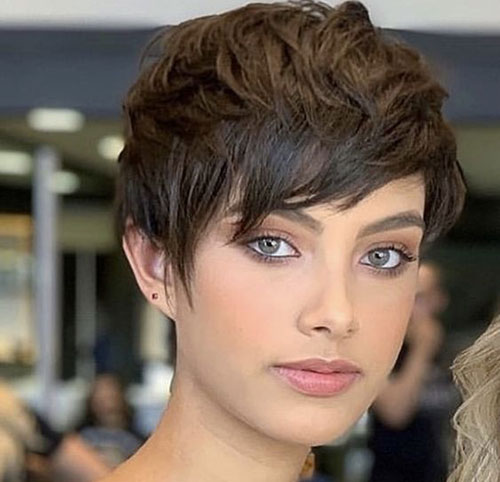 Latest Short Haircuts for Women 2019 - Hairstyles 2u