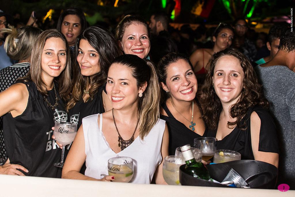 Fotos do evento BAILE DA FAVORITA em FISHBONE BÚZIOS - 15H