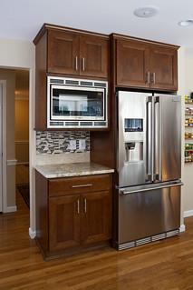 Kitchen_Brown_flooring-14