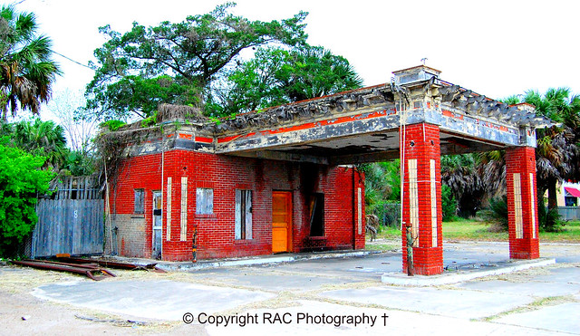 GULF, later known as Texaco Service Station - Beeville Tx Closed