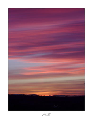 pocketworldiglandscapedreamspotsvisualheavenlandscapephotolandscapelovernatgeoadventureearthexperiencemthrworldmajesticearth longexposure sky himmel hills hügel horizon horizont clouds wolken pforzheim sunset sonnenuntergang warm lines linien pink purple lila black