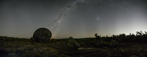 rocks panorama milkywaybow stars nightsky tracked landscape graffiti