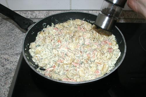 20 - Mit Pfeffer abschmecken / Taste with pepper